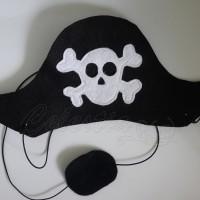 Pirato kepurė ir akies raištis